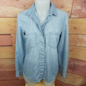 Tommy Hilfiger chambray light button down shirt
